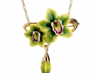 orchid-necklace